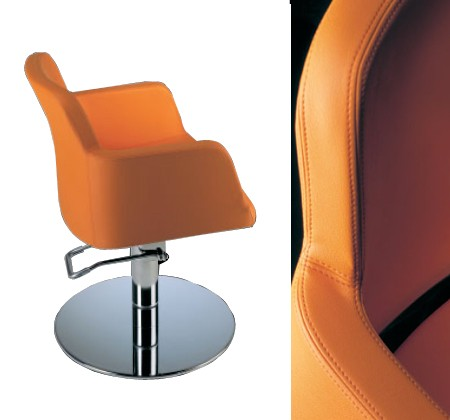 Giada beauty chair with disc base design x mfg salon for Design x salon furniture